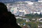 本丸から小田原城を眺める…