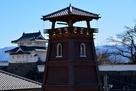 時の鐘と甲府城…
