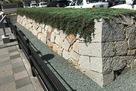 福山駅前の復元石垣