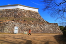 上山里曲輪の石垣(1)…
