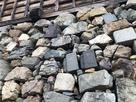 天守台東側の転用石たち…