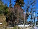 「天神社」と城山…