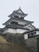 雪の三重櫓