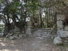 平井丸虎口の石垣…