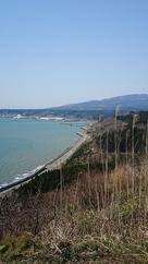 天気がよければ鳥海山が日本海の向こうに見