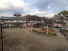 御着城跡公園(伝本丸)と姫路市東出張所