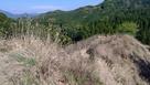 堅志田城 1郭から見た出丸…