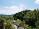 城址遠景(北側より)