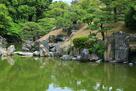 表御殿庭園 築山護岸の石組み