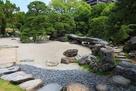 表御殿庭園 枯山水部分 石橋までの飛び石