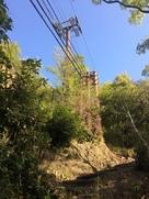 登りのロープウェイ支柱