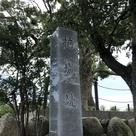 大楠と石碑