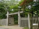 信長居館跡入口の門…