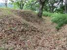 堀跡と土塁
