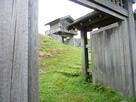 本丸枡形門から望む本丸櫓門…
