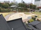 模擬天守から本丸庭園の眺め…
