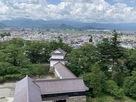 天守から干飯櫓と向羽黒山城の遠景…