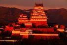 三木美術館さんの屋上から夕刻の天守・櫓…