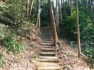 下段から上段への階段…
