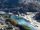 眼下の木曽川とレトロな橋梁(天守展望台よ…