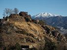 苗木城と白い恵那山…