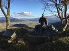 賤ケ岳山頂の武将像…