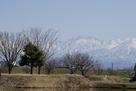 二の丸土塁と剣岳