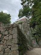 大手門跡横にある石垣…