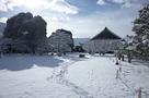 雪の二の丸御殿中庭…