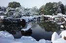 雪の二の丸庭園…