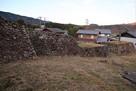 上屋敷東側の埋門と石垣…
