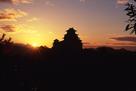日の出と天守
