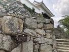 天守門への階段…