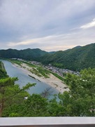 展望台から長良川をのぞむ…