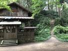 八王子神社から本丸方面…