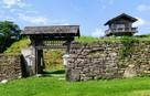 本丸入口の門と櫓門…