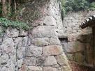 妙見神社左手奥の石垣…