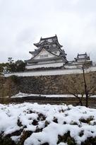 雪の岸和田城(2014年)