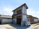 名島駅の駅舎