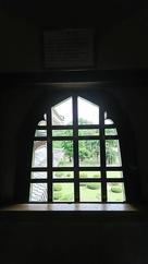 花頭窓の向こう側…