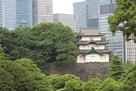 高層ビルと富士見櫓…