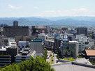 熊本城天守から市内を眺める…