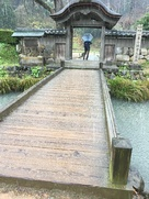 朝倉氏館跡の入り口です。…