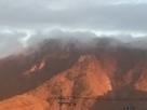 霧に霞む虚空蔵山…