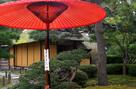 麟閣と野点傘