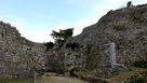 正門と石碑
