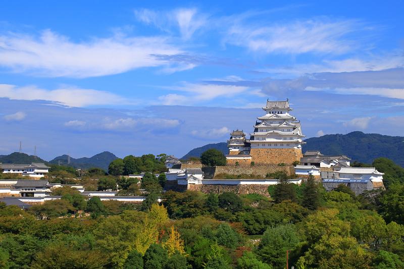 行雲に白鷺城