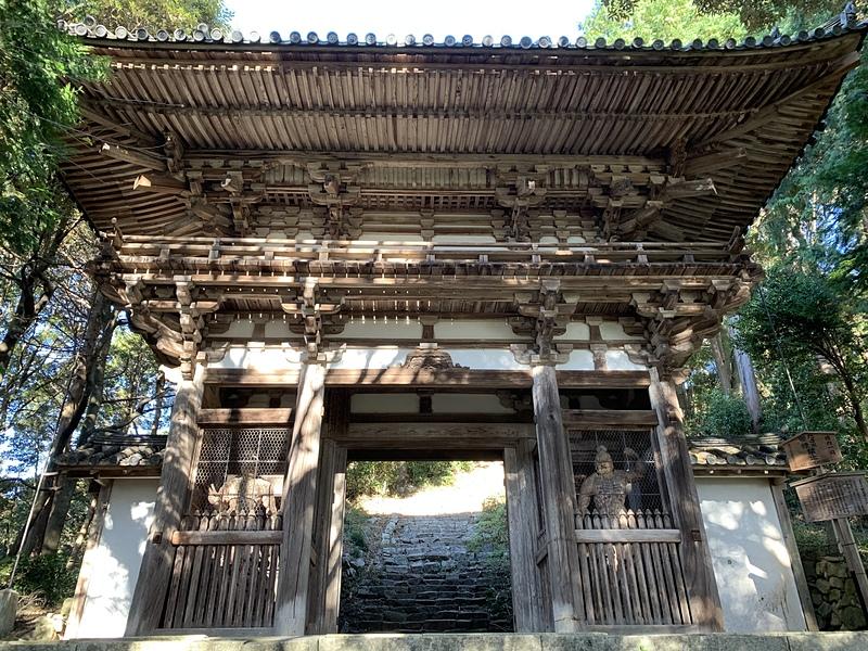 摠見寺二王門(重要文化財)