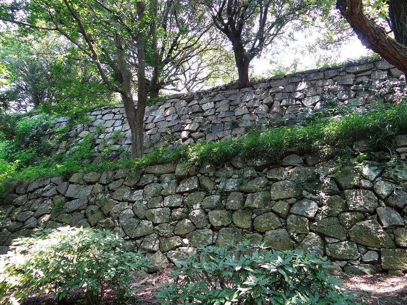 本丸石垣(稲荷曲輪から)[明石城]
