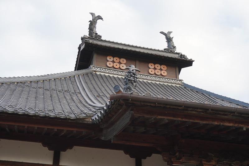 長國寺の屋根の結び雁金
